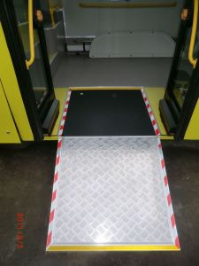 High Quality Mwr Manual Wheelchair Bus Ramp Load 350kg pictures & photos