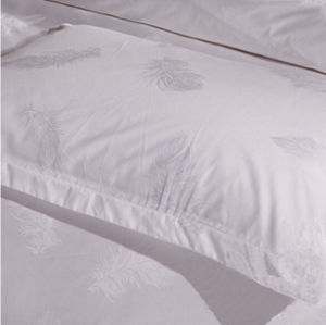 Wholesale Luxury White Cotton Hotel Jacquard Bedding (DPF201503) pictures & photos