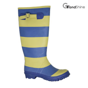 Wellie Rainboot with Colorful Stripe pictures & photos