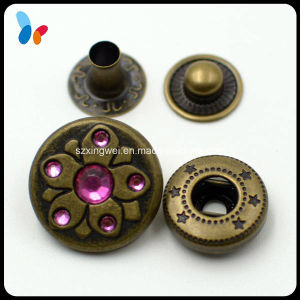 Decorating Metal Spring Snap Button Jewelry with Crystal Diamond pictures & photos
