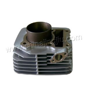 Motorcycle Cylinder Block (EN125 big fin) pictures & photos