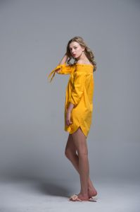 Ladies Dress 100% Cotton Summer Fashion Uper Chest Yellow Strapless Comfortable pictures & photos