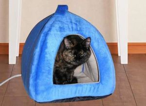Comfortabe Waterproof Cute Pet Heated Bed pictures & photos