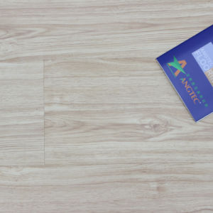 Good Quality Maple Grain 12.3mm/8.3mm Laminate Flooring pictures & photos