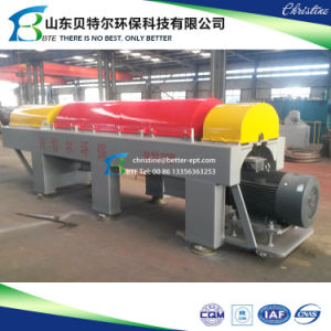 Sludge Dewatering Decanter Centrifugal, Horizontal Screw Centrifuge pictures & photos