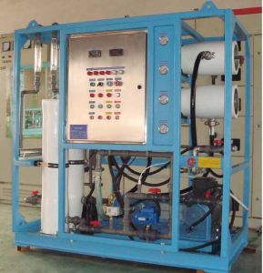 Marine/ Boat Used Reverse Osmosis (RO) Seawater Desalination Equipment pictures & photos