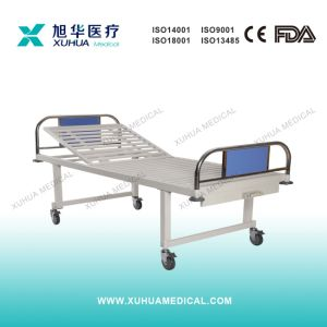 Hospital Manual Bed with Single Crank with Noiseless Casters pictures & photos