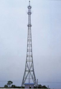 Power 4 Leg Angle Steel Transmission Tower pictures & photos