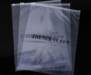 Black Printing Self-Seal Plastic Bag pictures & photos