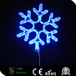 New Outdoor Decoration LED Christmas Snowflake Light pictures & photos