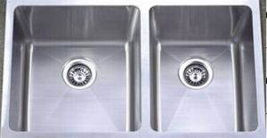 Double Bowl Stainless Steel Kitchen Sink (KHD3219) pictures & photos