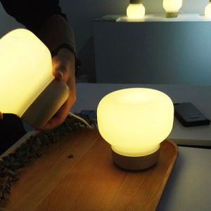 Modern White Glass Reading Table Light with iPhone 6 Charger pictures & photos