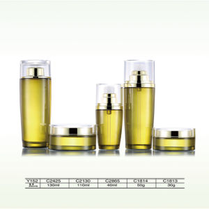 High Quality Perfume Cosmetic Clear Glass Dropper Bottle with Fine Mist Sprayer and Pump pictures & photos