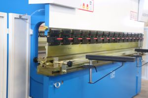 China Zdmt E21nc Hydraulic Press Brake Machine pictures & photos