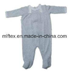 100% Polyester High Quality Velvet Knitted Apparel for Kids pictures & photos
