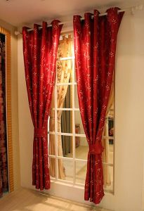 Curtain (BY-010)