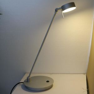 Aluminum Silver Bedside Rotatable Reading Table Lamp pictures & photos