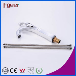 Fyeer Vitage Style Bathroom Chrome Plated Hot Cold Water Mixer Tap pictures & photos