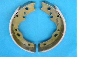 Preminum Hand Brake Shoes (K4443) for Japanese Car pictures & photos