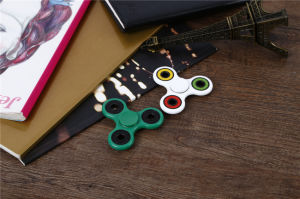 Nice Design, Tri Fidget Hand Spinner Toy with Nano Stainless Steel Bearings Finger Spinner pictures & photos