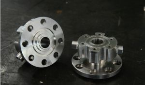 Large and High Precision CNC Machining Parts, CNC Turning Parts with Holes Drilling, CNC Machining pictures & photos