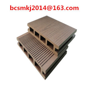 New Design Anti-Skating WPC Decking for Swimming Pool (HY135H25B) pictures & photos