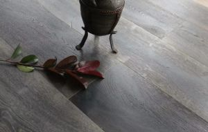 Factory Price Aged Finishing European Oak Engineered Flooring pictures & photos