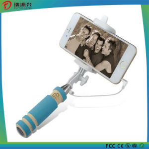 2016 Factory Price Wired Selfie Stick Selfie Monopod pictures & photos