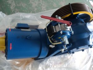 Elevator Lift Geared Traction Motor Machine pictures & photos