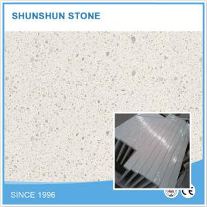 Artificial Quartz Stone White Kitchen Countertop for Hotel/Villa/Project pictures & photos