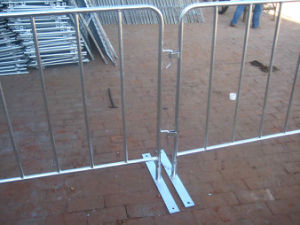 Made in Anping Safety Removable Road Crowd Control Barricades for Sale pictures & photos