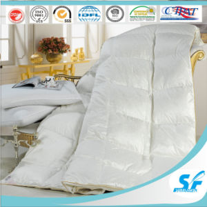 High Quality Luxury 100% Cotton Jacqard Goose Down Quilt Microfiber Season Quilt for Home Hotel pictures & photos