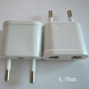 2 Round Pins Socket Adapter Adaptor ABS Plug (Y074) pictures & photos
