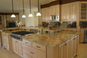 Low Water Absorption 0.2% Quartz Kitchen Countertop Resistance to Dirt pictures & photos