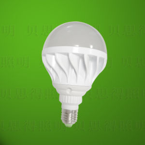 Die-Casting Aluminum LED Bulb Light 15 W White Color pictures & photos