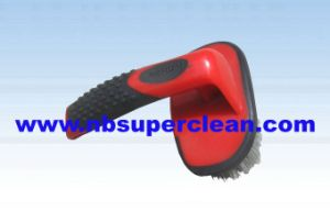Soft TPR Handle PP Bristle Car Wheel Brush Car Cleaning Brush (CN1847) pictures & photos