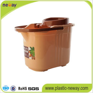 New Design Squeeze Plastic Mop Bucket with Wringer pictures & photos