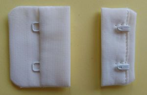 "Bra Accessories Nylon Hook and Eye Tape-Greige 3/4"" 1X2 pictures & photos"