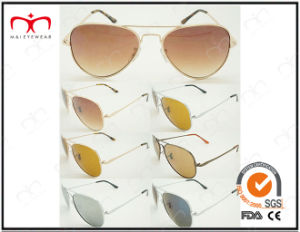 Classic Fashionable Hot Selling UV400 Protection Metal Sunglasses (LPZ038) pictures & photos