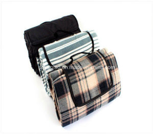 China Manufacturer Printed Waterproof Folding Picnic Blanket pictures & photos