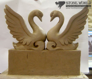 Swan Sculpture Hand Carving for Home Decoration/Art Collection (SC-004) pictures & photos