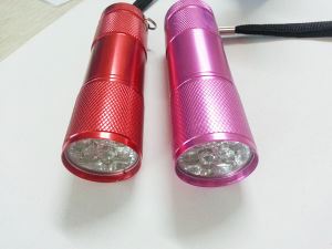 9LED / LED Flashlight/LED Torch (ETE-09R) pictures & photos