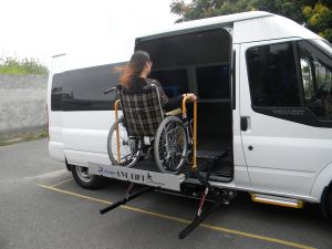 Wl-Uvl Scissor Wheelchair Lift for Van with CE Certificate pictures & photos