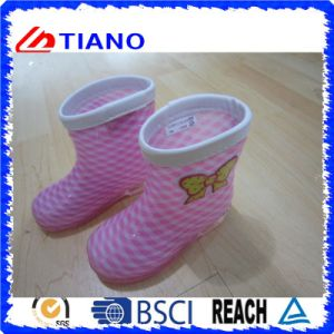 Tenacity Fashion PVC Rain Boots for Children (TNK60027) pictures & photos