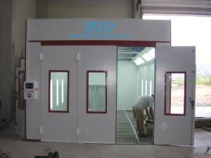High Grade Auto Spray Booth/Paint Room pictures & photos