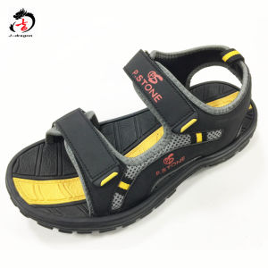 2017 High Quality Man Design Sandal pictures & photos