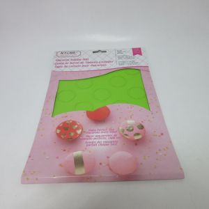 Silicone Macaron Mat for 18PCS 3.5cm Non-Stick Baking Mat pictures & photos