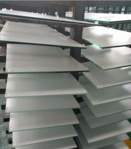 Color Ceramic Frit Tempered Whiteboard Glass pictures & photos