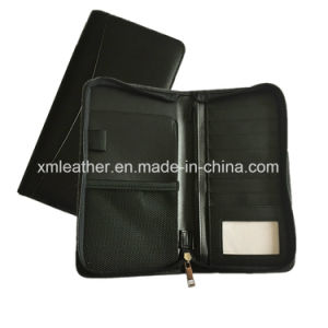 Leather Custom Travel Pouch Passport Holder with Zipper pictures & photos