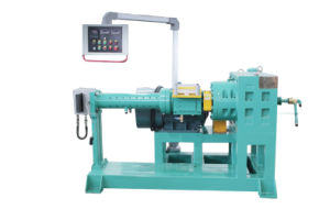 Xj-65 Plastic and Rubber Sheet Extruder Machinery pictures & photos